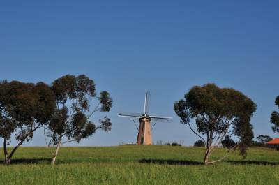 b2ap3_thumbnail_2529-Dutch-Windmill.JPG